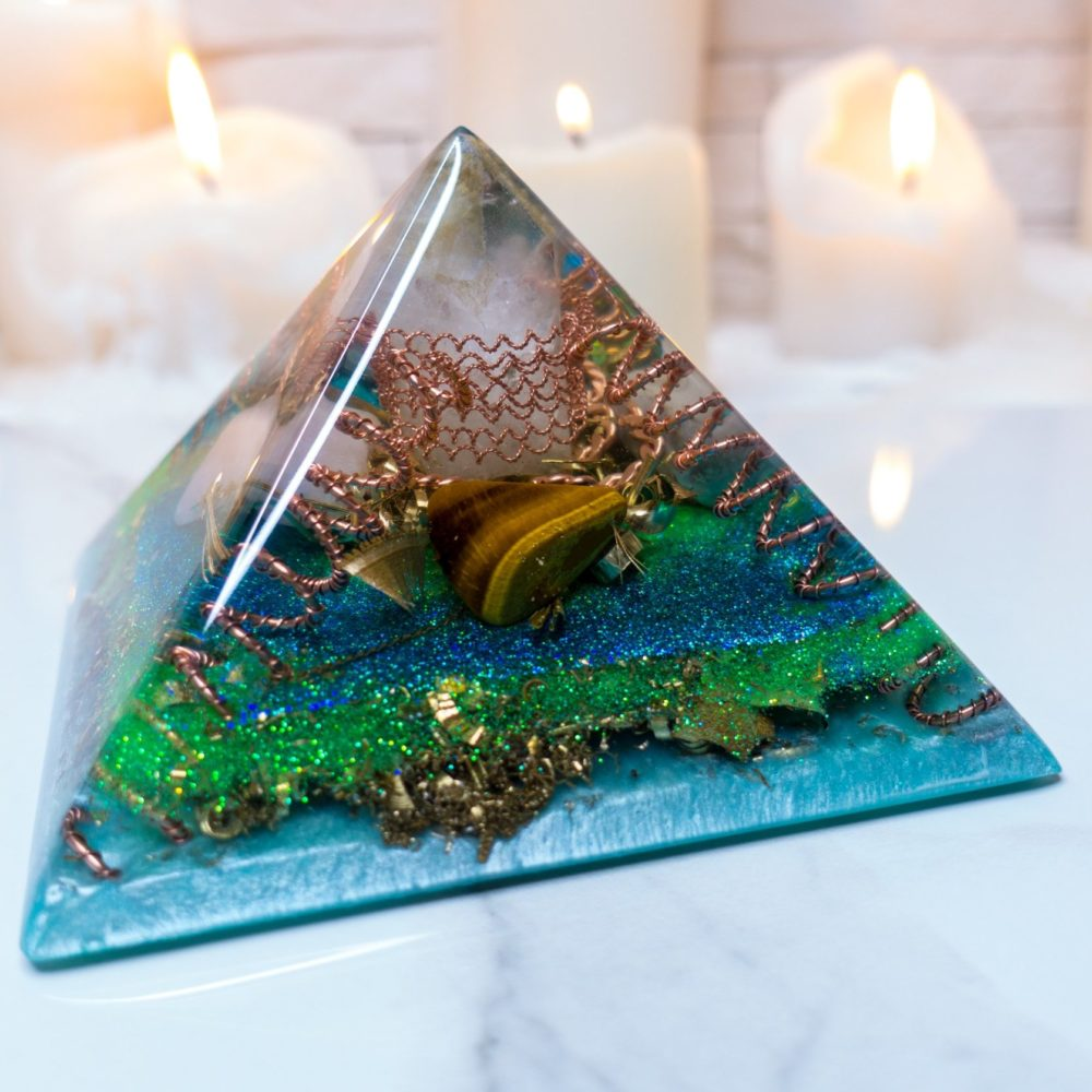 Orgonite Pyramid - Crystal Quartz, Snowflake obsidian, Apricot agate, Tiger's Eye, Rose Quartz